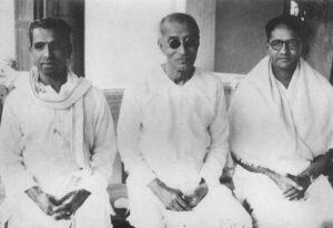 (L to R) Kalki Krishnamurthy, C Rajagopalachari, and T Sadasivam